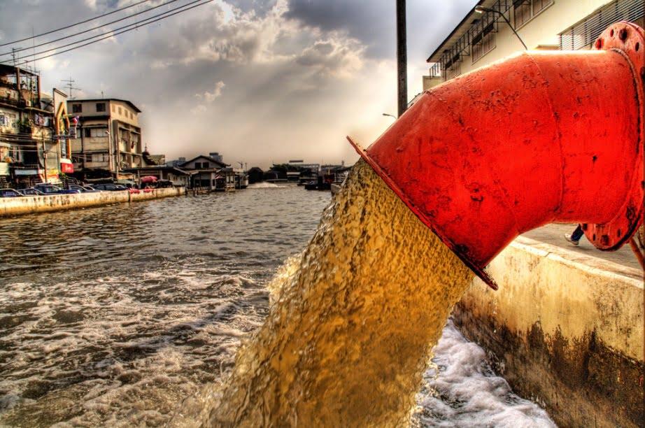 Sewage via Geetanjal Khanna/Unsplash