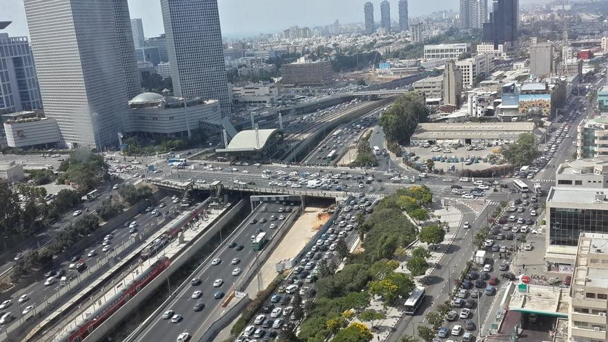 Traffic Ayalon Highway Tel Aviv via Shaula Haitner/Pikiwik