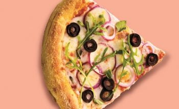 Pizza with spices from Cannibble's brand The Pelicann. Courtesy