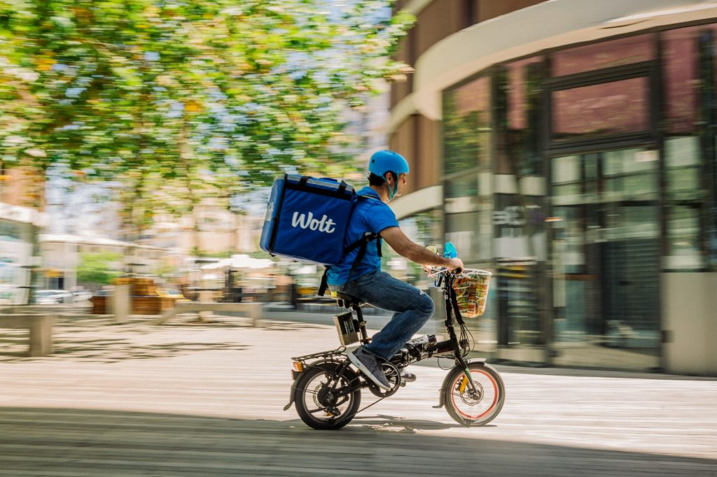Wolt delivery person. Courtesy