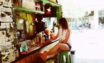 Tel Aviv cafe booth. Illustrative. Photo: Avi Naim on Unsplash