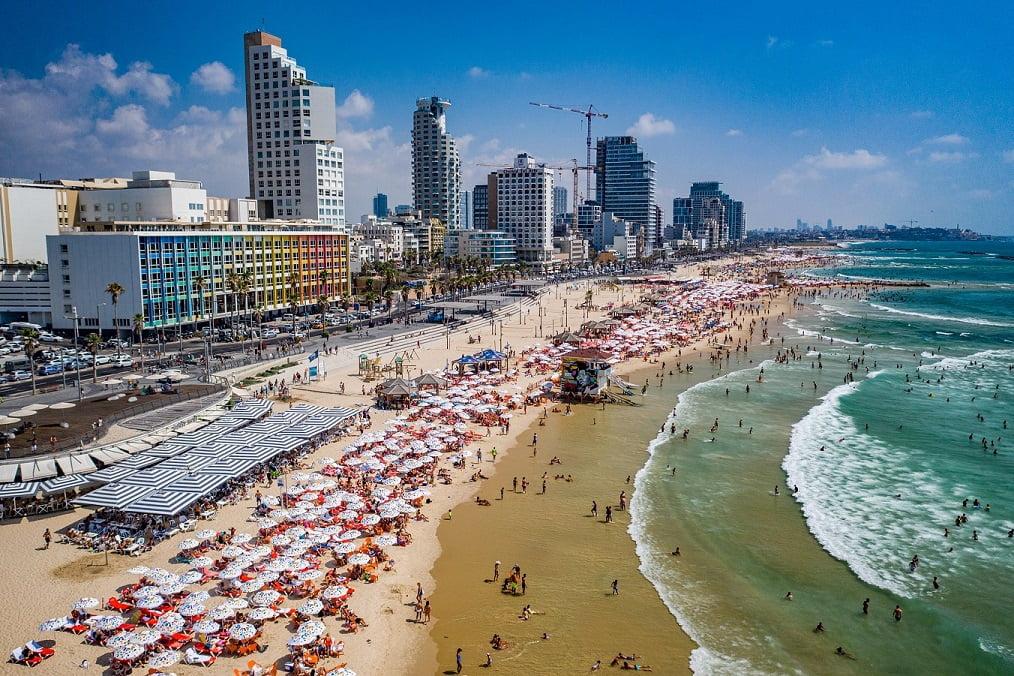 Tel Aviv. Photo: Barak Brinker