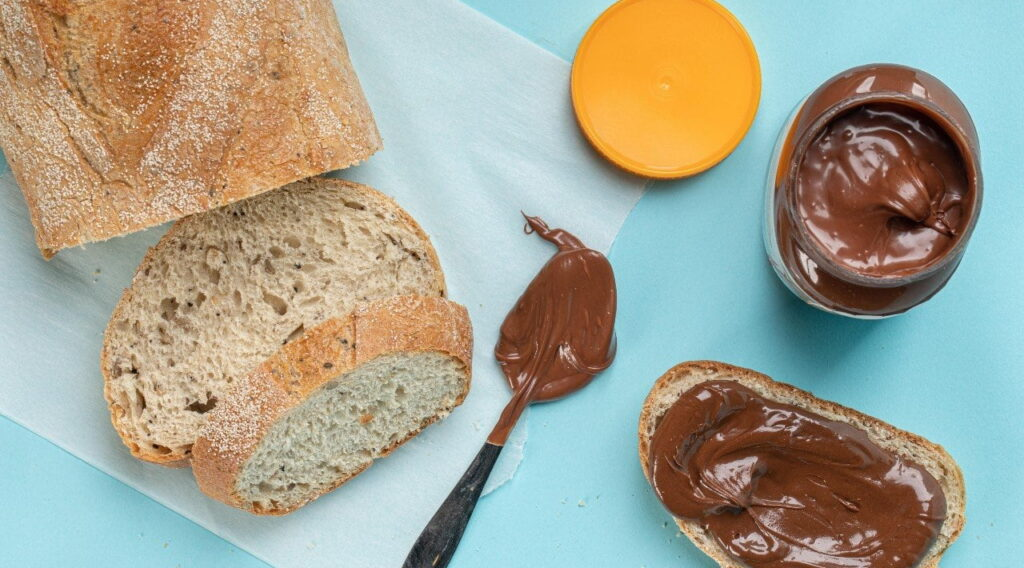 DouxMatok has unveiled a pair of chocolate spreads for US consumers that boast 50 percent less total added sugars and 30 percent of the daily recommended fiber intake. Photo: DouxMatok