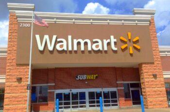 A Walmart in Walmart, Hamden, CT. Illustrative. Mike Mozart, Flickr, CC BY 2.0