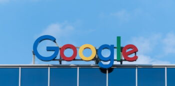 Google sign. Photo by Pawel Czerwinski on Unsplash