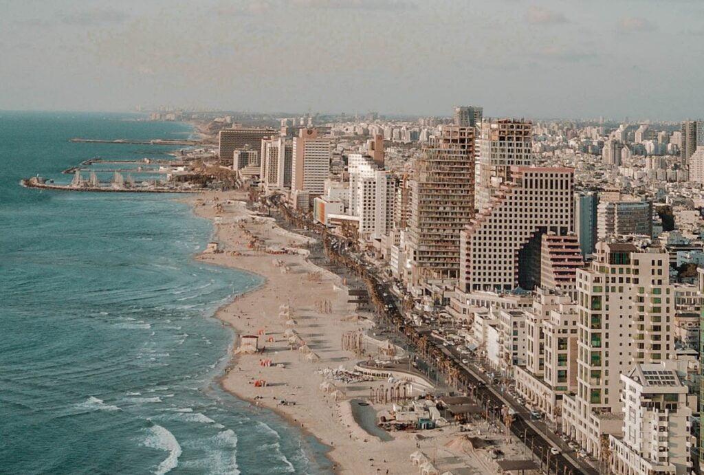 Tel Aviv shoreline. Photo by Naya Shaw from Pexels
